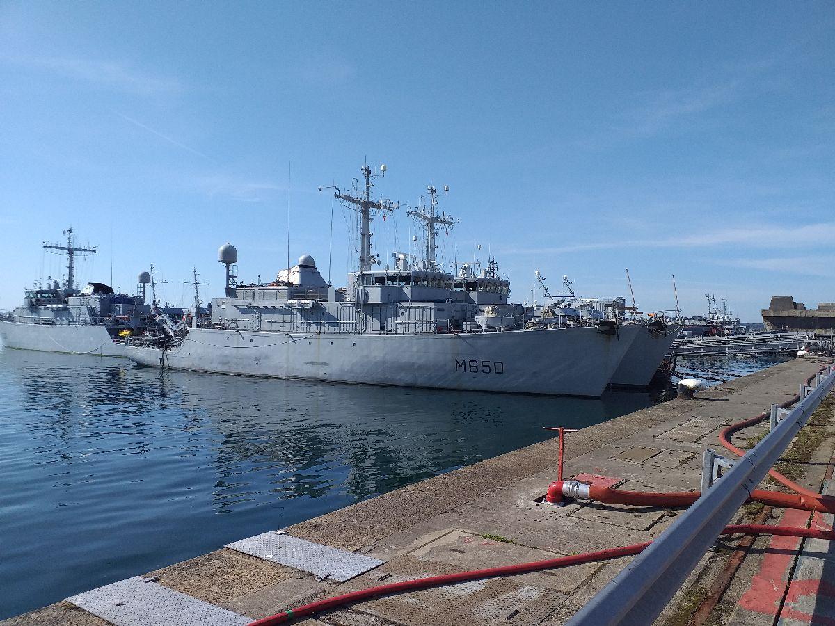 [Les ports militaires de métropole] Port de BREST - TOME 3 - Page 10 1417