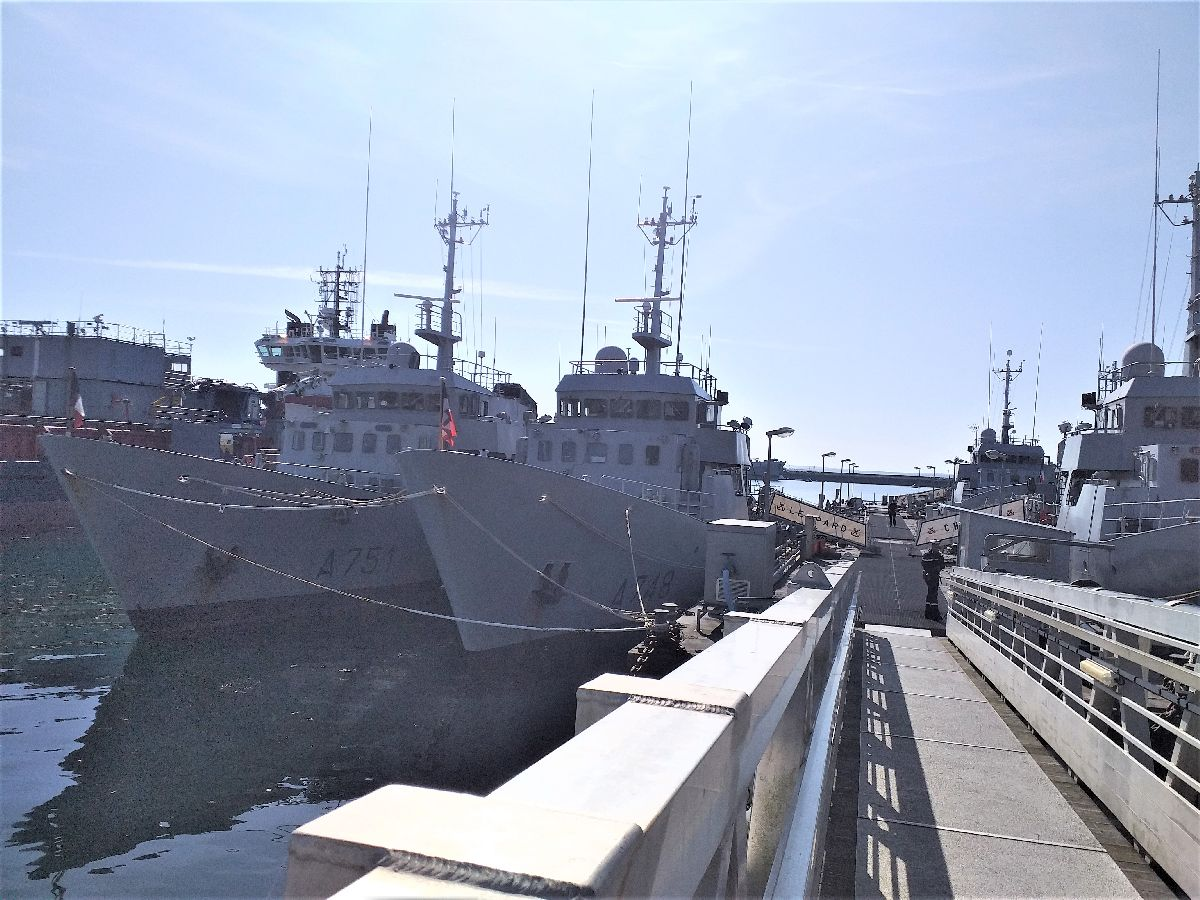 [Les ports militaires de métropole] Port de BREST - TOME 3 - Page 10 1513