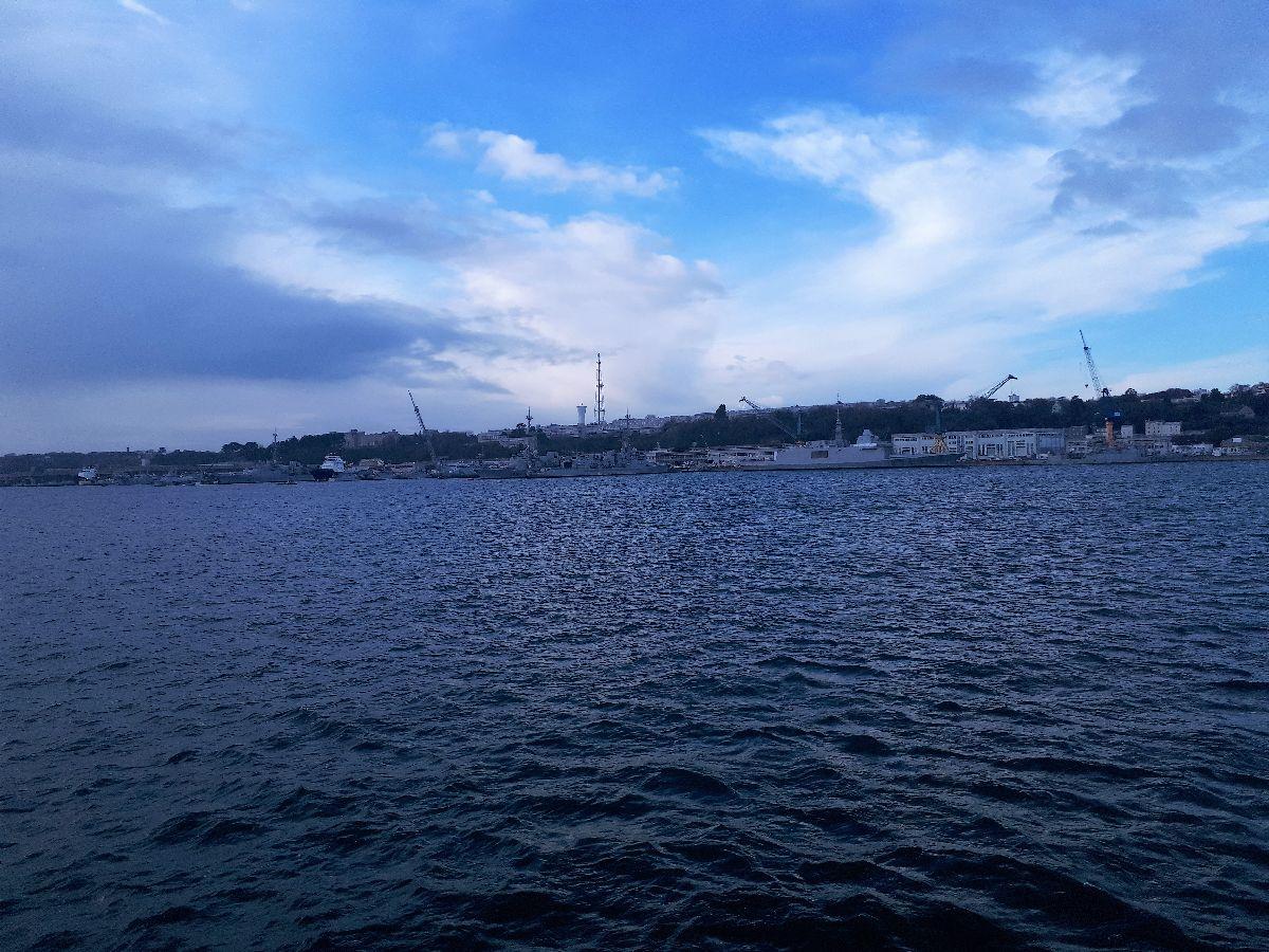 [Les ports militaires de métropole] Port de BREST - TOME 3 - Page 3 20181135