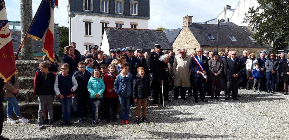 [ Histoires et histoire ] Commémoration du 8 mai 1945 à Fouesnant 20190511
