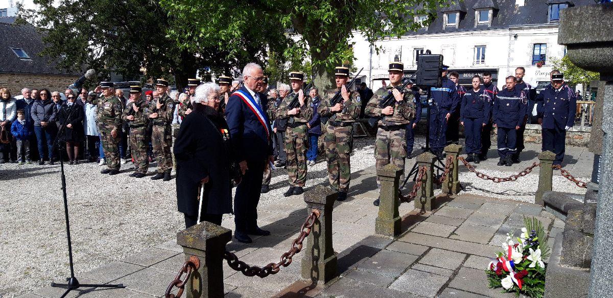 [ Histoires et histoire ] Commémoration du 8 mai 1945 à Fouesnant 20190518