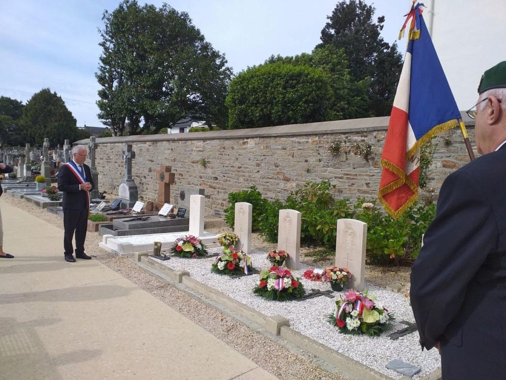 [ Histoires et histoire ] Commémoration du 8 mai 1945 à Fouesnant 20200514