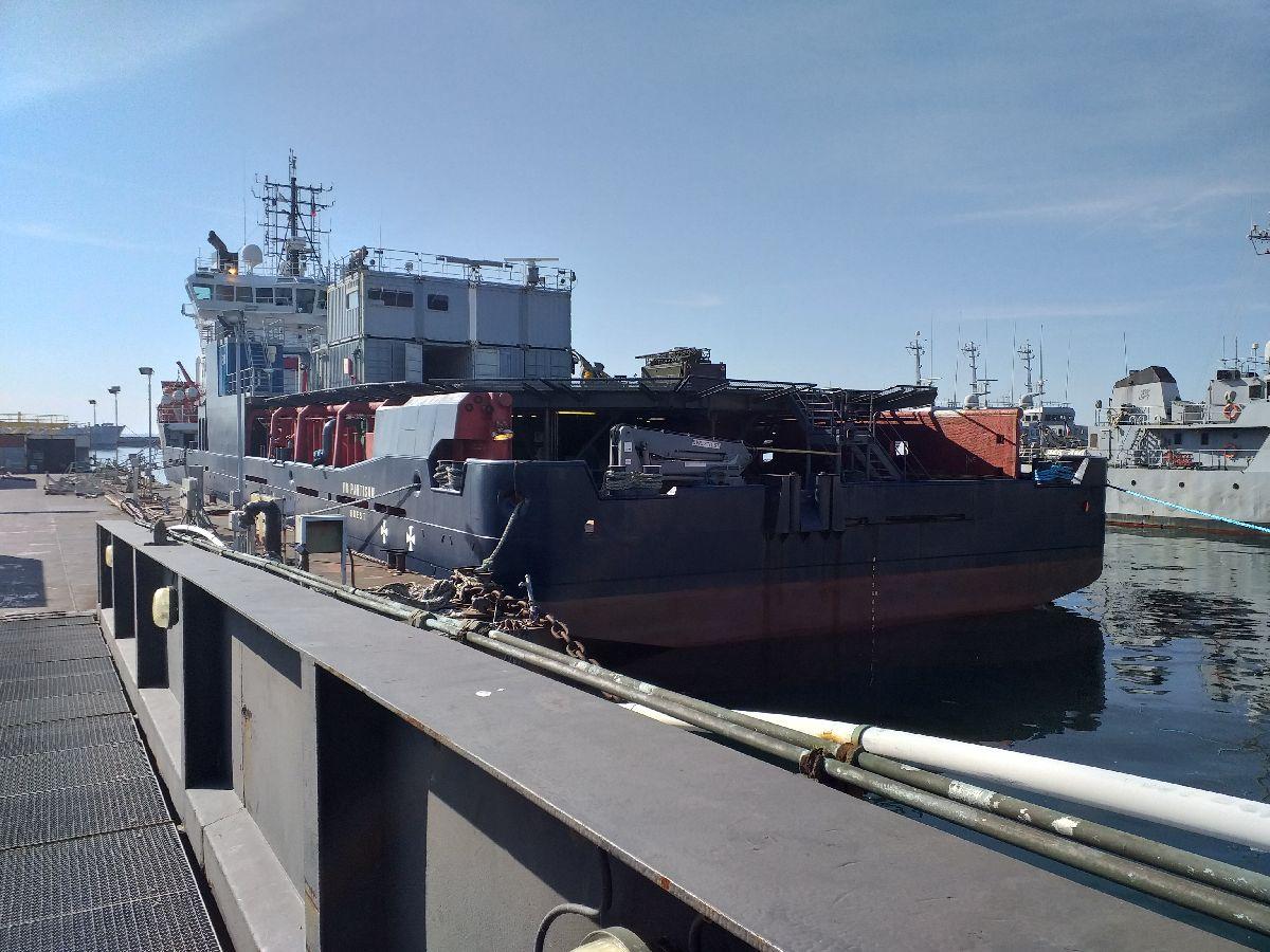 [Les ports militaires de métropole] Port de BREST - TOME 3 - Page 10 232