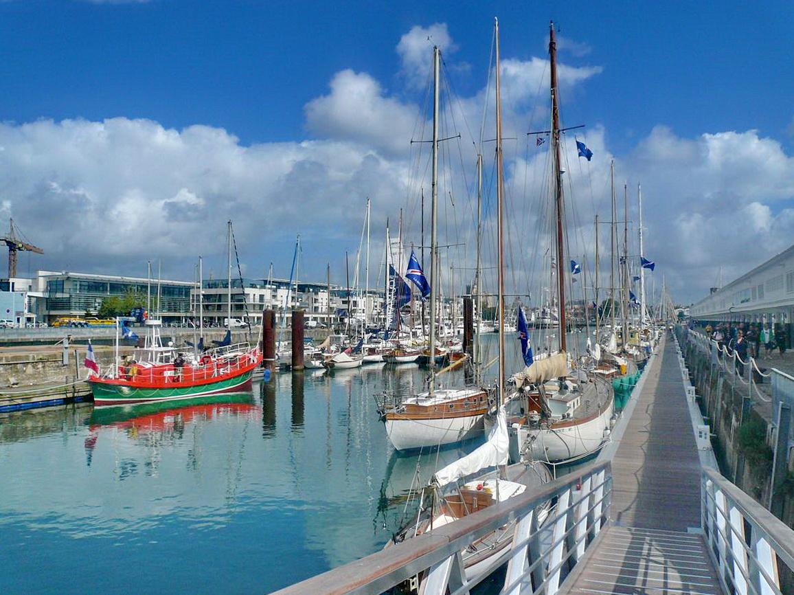 [Vie des Ports ] Port de La Rochelle  - Page 3 P1100213