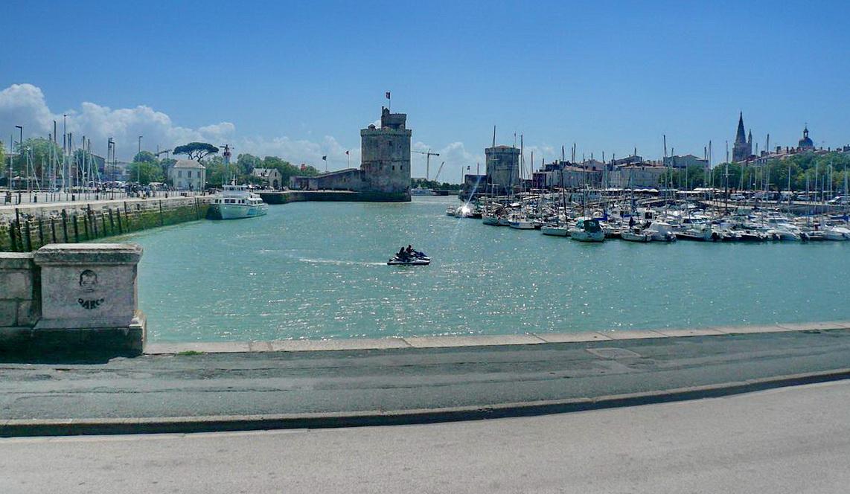 [Vie des Ports ] Port de La Rochelle  - Page 3 P1100311