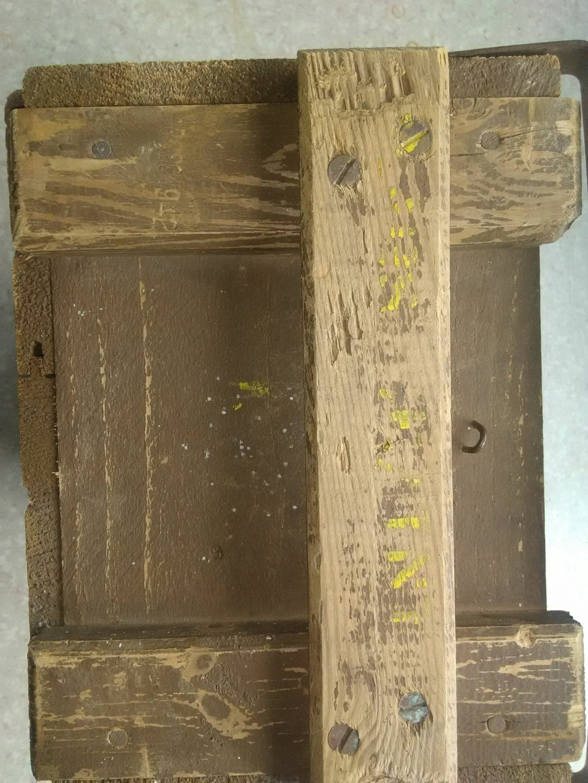 caisse anglaise tnt démolition  C610
