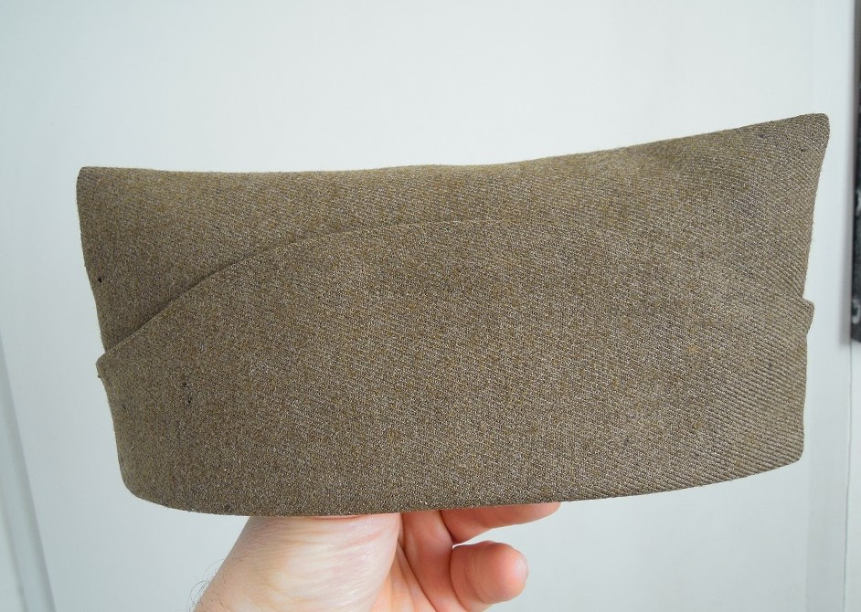 Bonnet de police reglo modèle 18 en drap peigné VENDU A CLOTURER Dscn9743