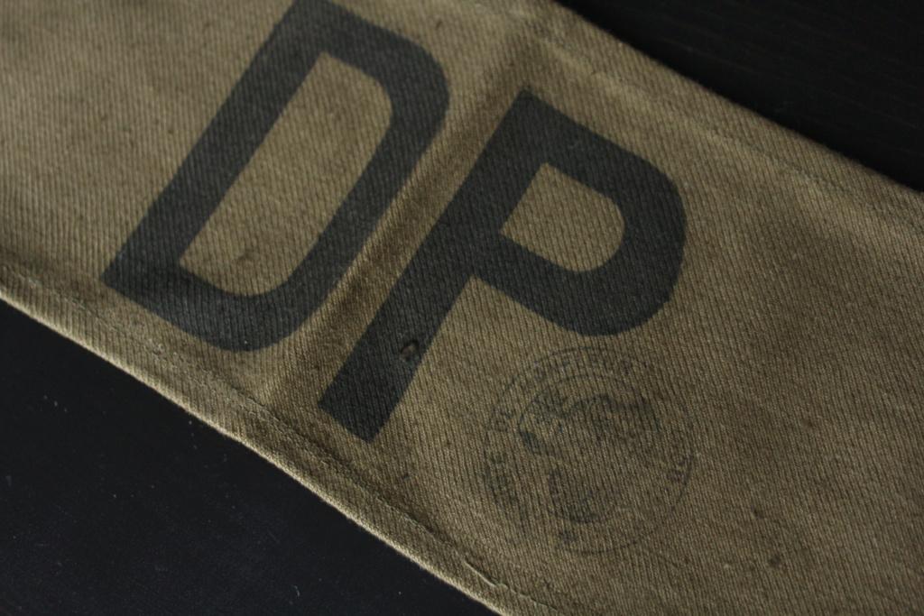 Le casque Modèle 26 de la Défense Passive - Page 2 Lot_dp12