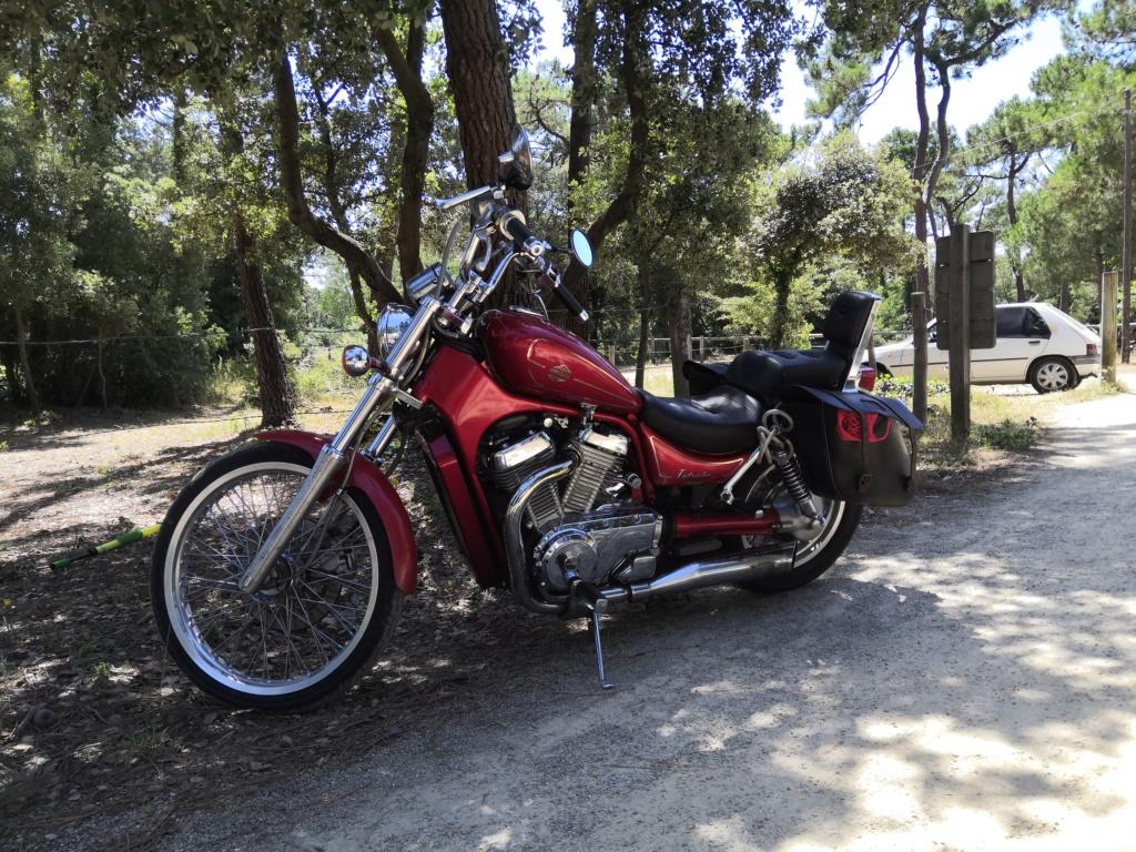 Et voilà la moto de soca !  Img_2016