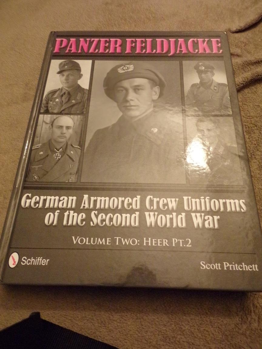 Il est arrivé hier panzer feldjacke 100_0073