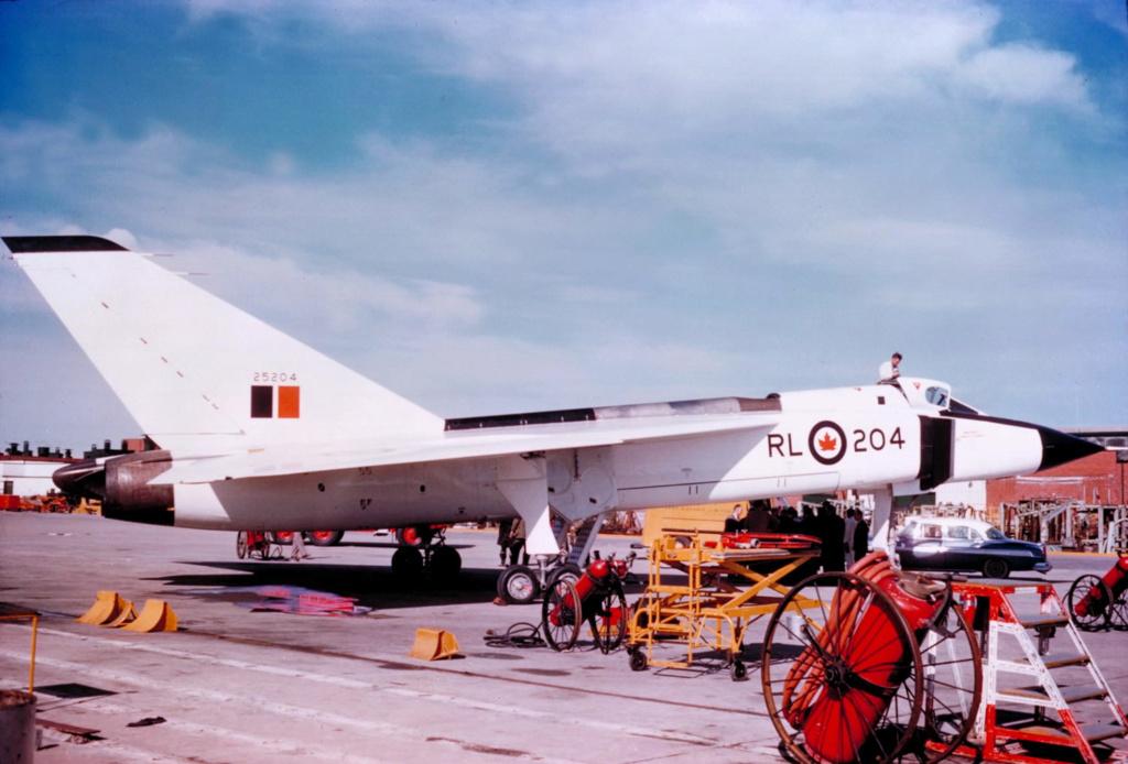Le jet record qui hante encore un pays Avro_a14