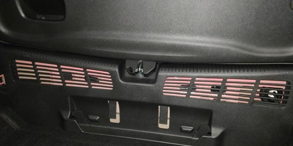 apertura del maletero en caso de averia en astra K Photo_10