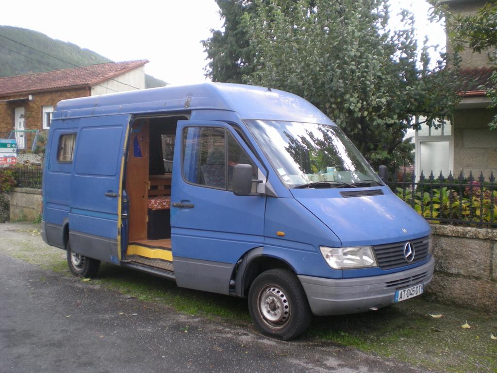 Vends Mercedes 208 Dscn5411