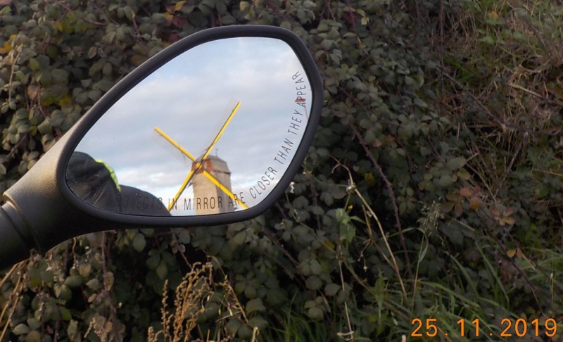 Après la chasse aux sorcières, voici celle aux moulins 25-11-2019 Dscn4883