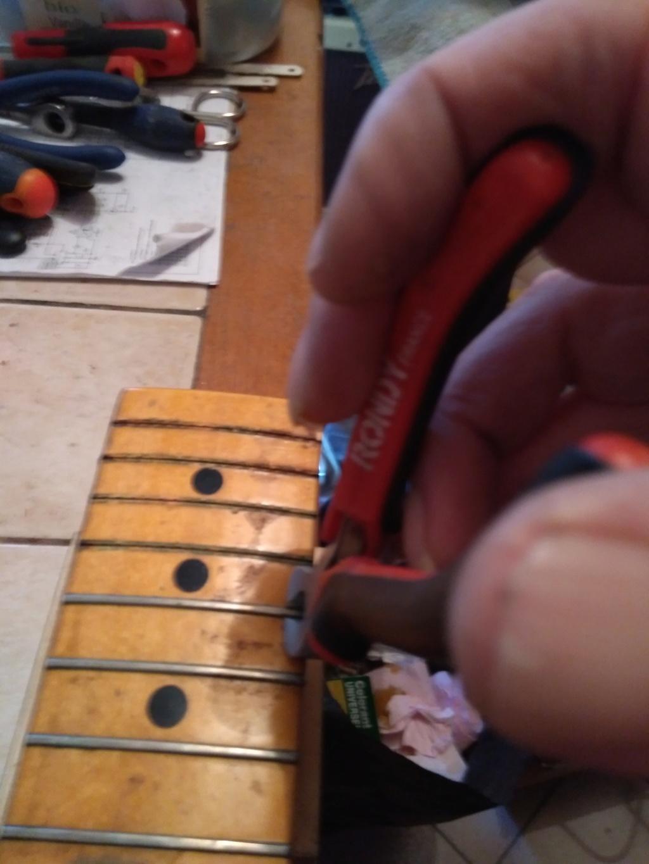 Dessiner les frettes sur une touche de guitare ayant un radius Img_2017