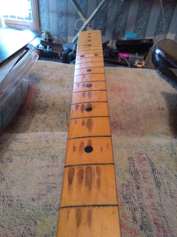 Dessiner les frettes sur une touche de guitare ayant un radius Img_2021