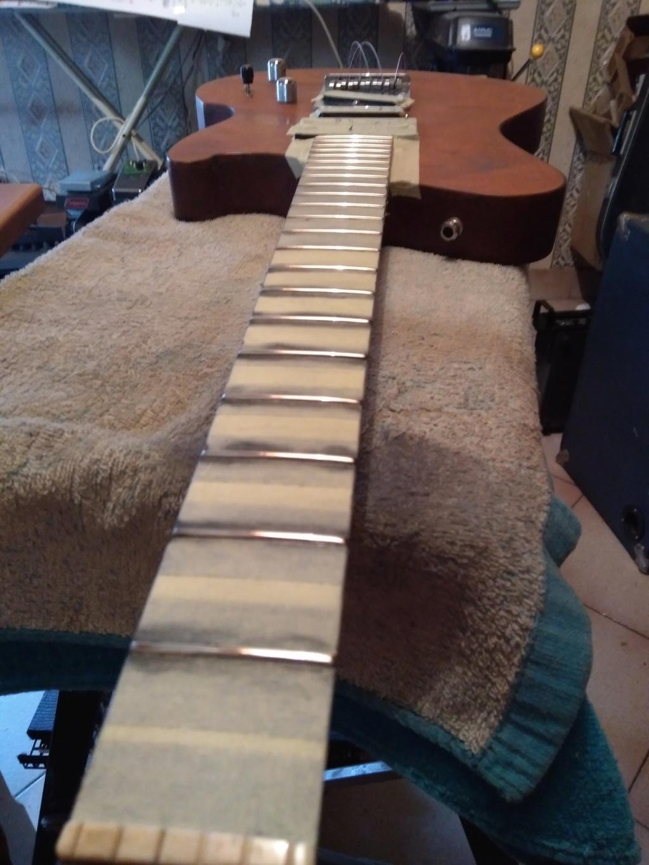 Dessiner les frettes sur une touche de guitare ayant un radius Img_2032