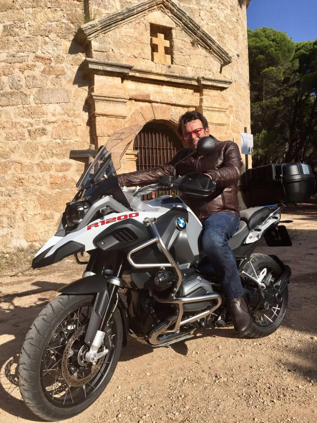 senda - Tu moto moderna o de uso habitual - Página 12 Img_8111