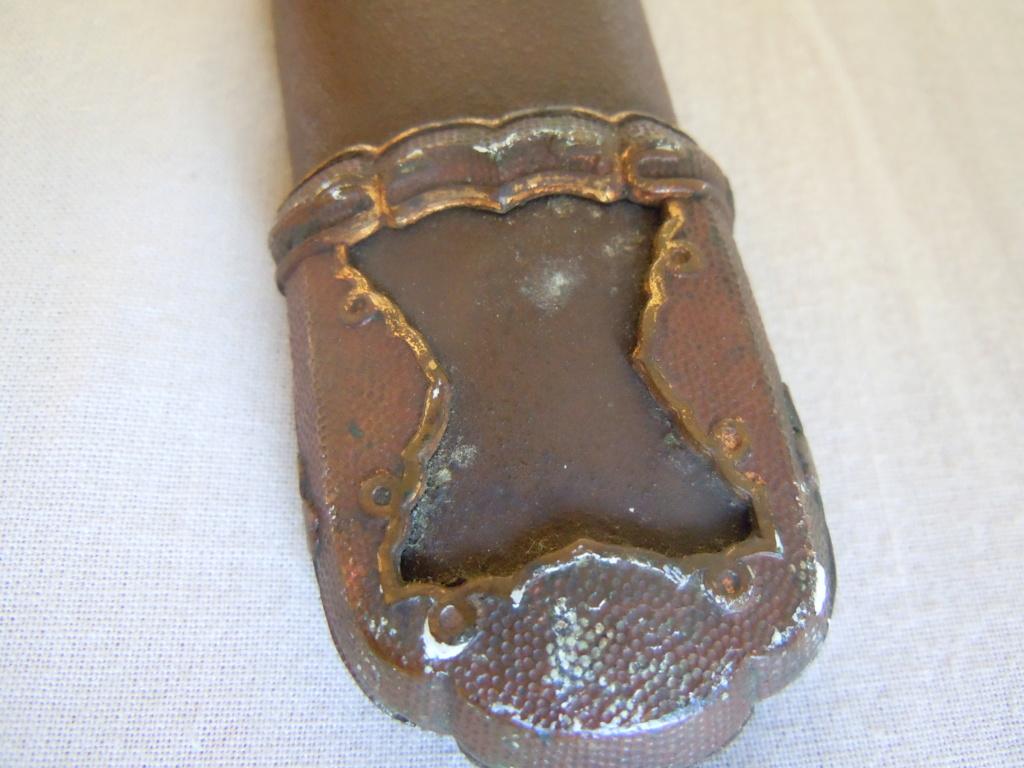 Sabre japonais datant de la guerre d'Indochine Dscn6219