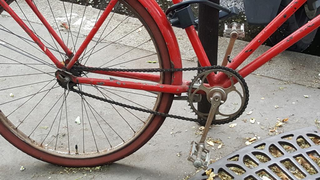 Vélo rouge 20180816