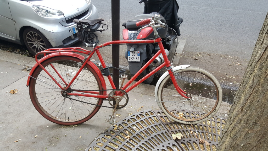 Vélo rouge 20180819