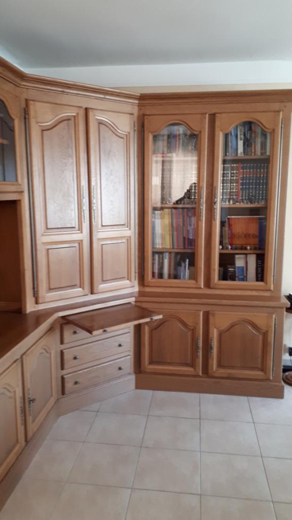 Meuble bibliothèque de salon en chêne massif. Meuble12