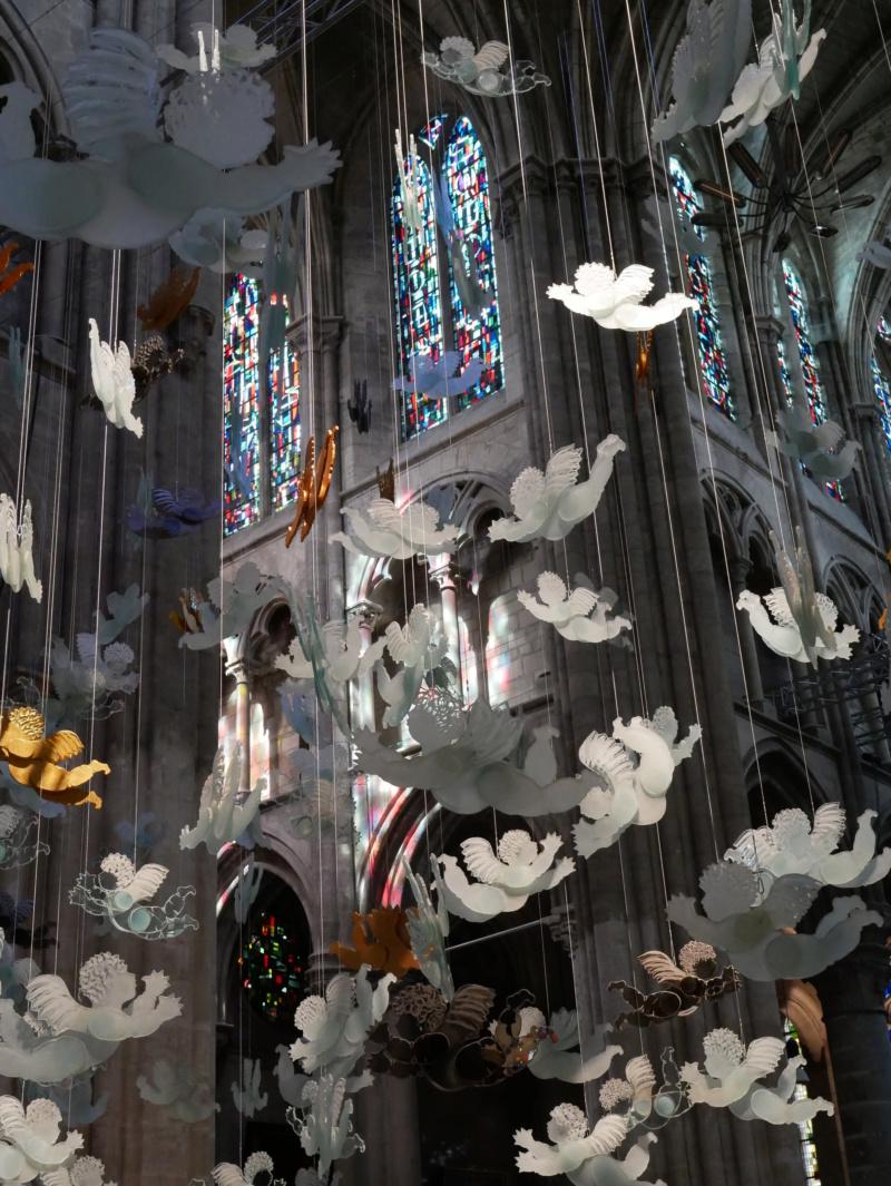 Lumières célestes de Marcoville (église st julien tours 37) P1040326
