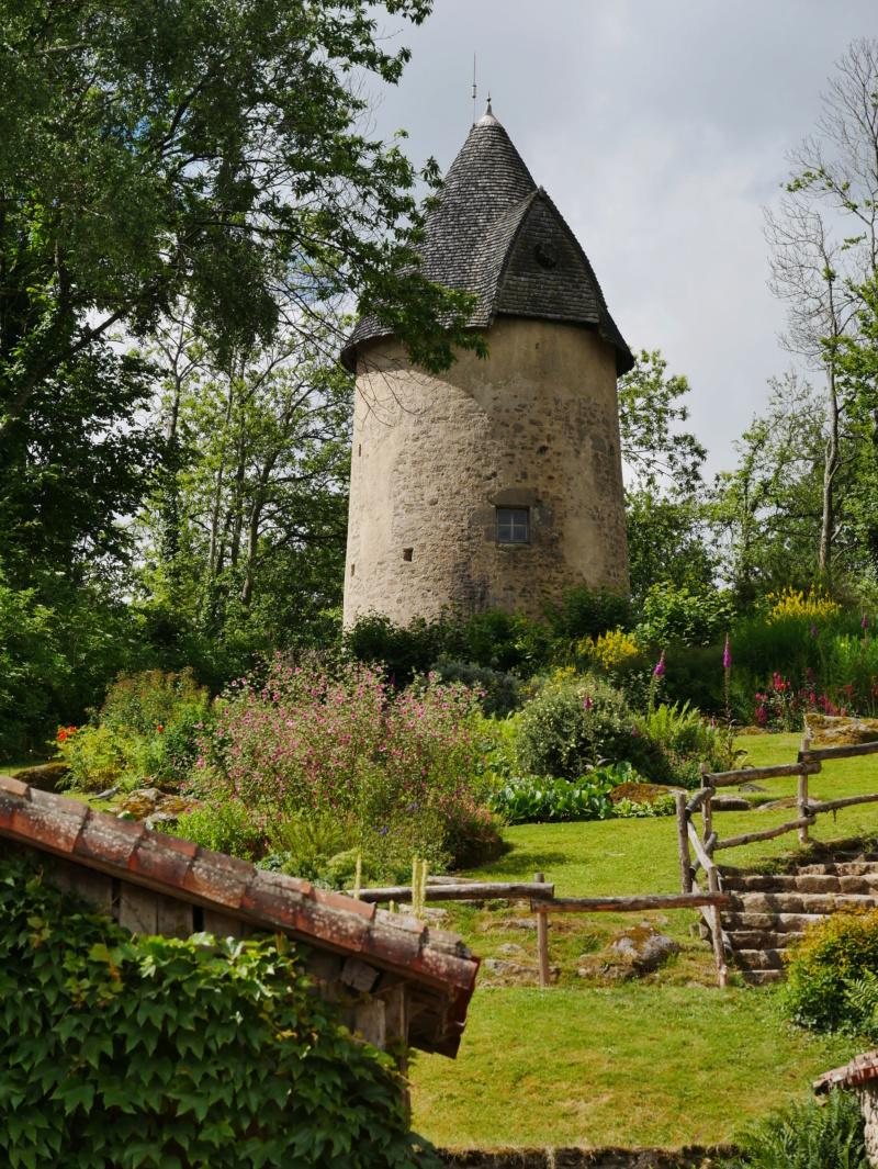 Une  tour en Vendée P1040526