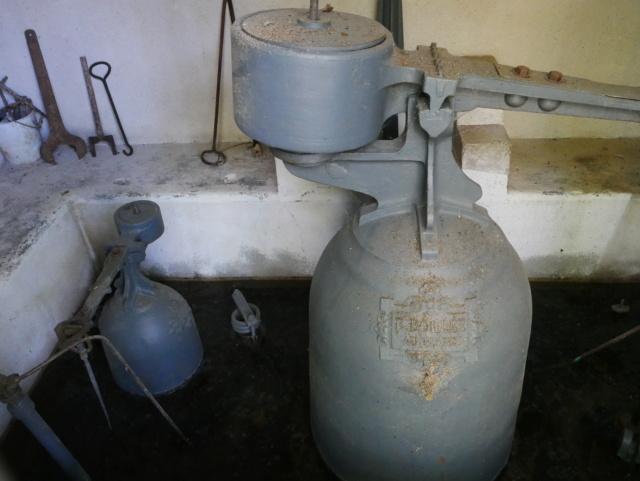 Le bélier hydraulique de charcenay 1 P1040913
