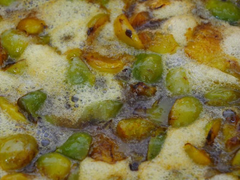 Prunes en cuisson P1040943