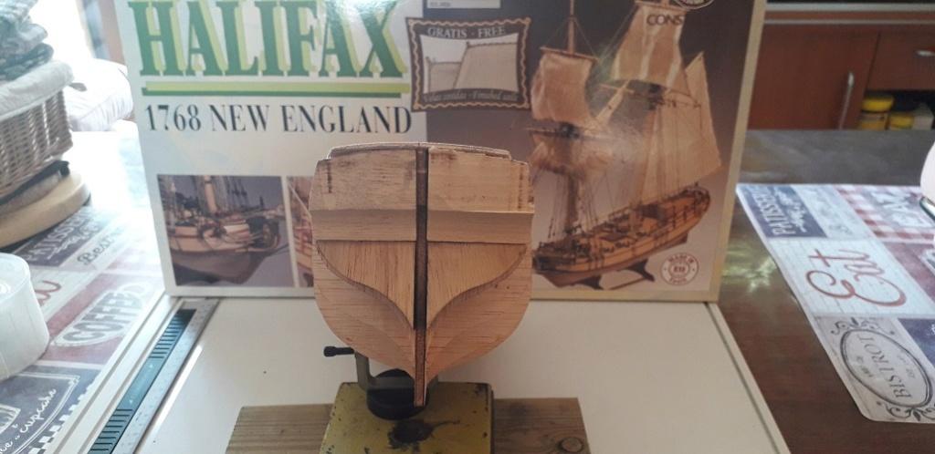 HMS HALIFAX au 1/35 de constructo  Ceti21 20200413