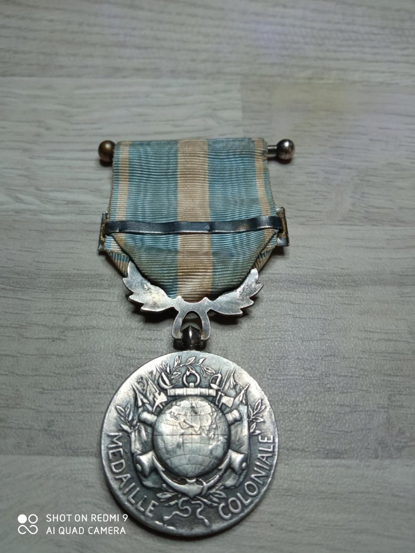 Médaille coloniale mais de quel fabricant?? Img_2055