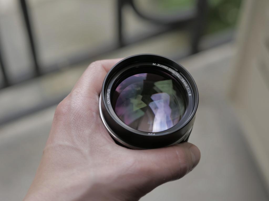 [VENDS] Objectif Olympus M.ZUIKO Digital ED 75 mm F1.8 _1299610