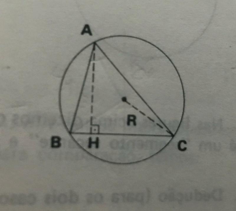 Raio da circunferência circunscrita ao triangulo  Whatsa15