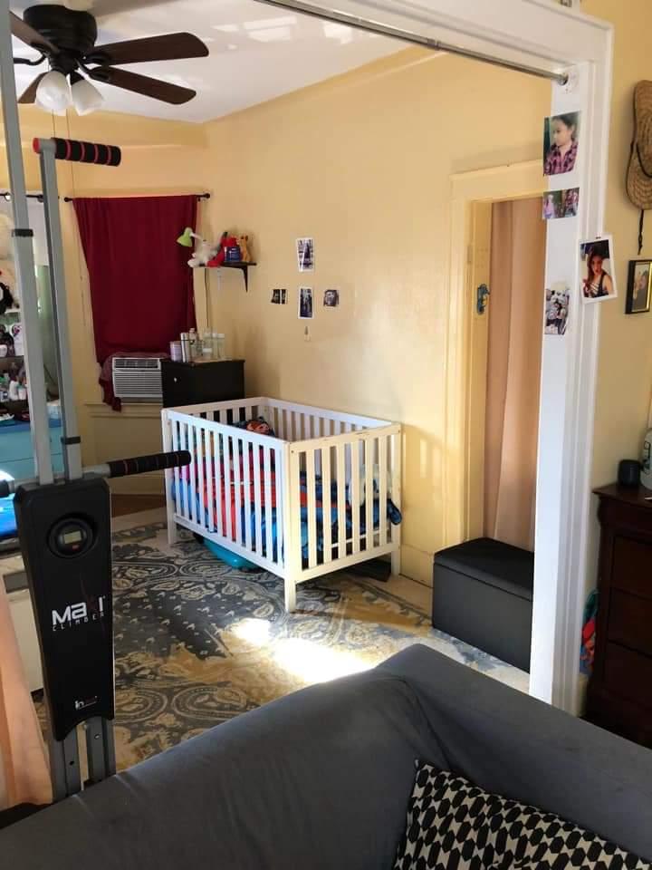 Se Renta 2 cuartos y sala para 3 personas Fb_img13