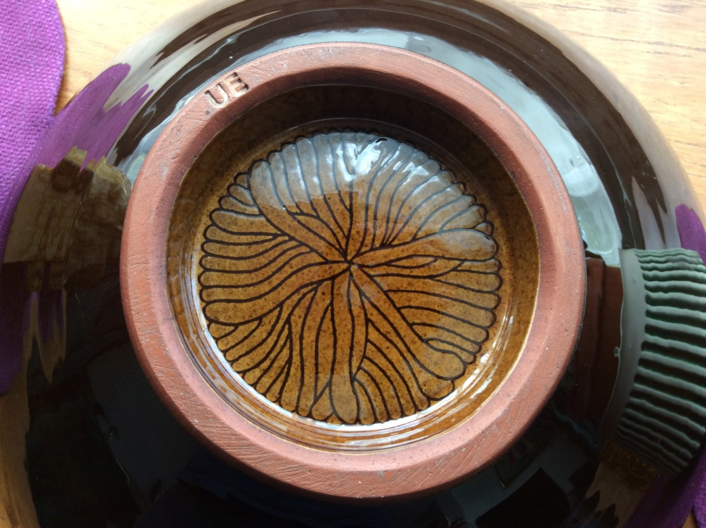 Large Bowl Stamped UE mark but is it Upsala Ekeby? 02aa9710
