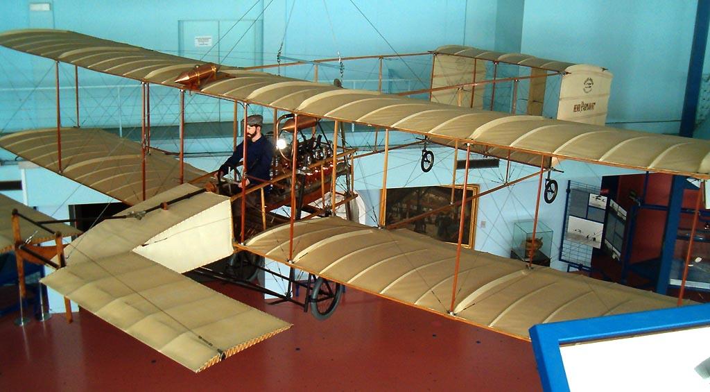 Farman - le premier voyage aérien Voisin10