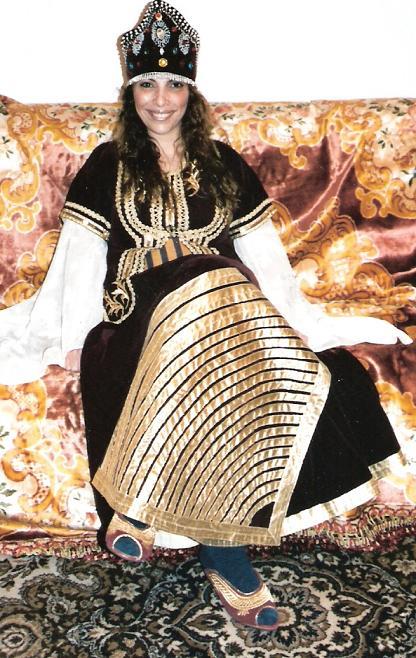SOIR DU HENNE AVEC  LA KESOUA EL KBIRA (grande robe en arabe) Ety10