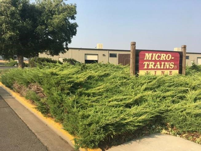 La manufacture de Micro-Trains incendiée en  Oregon! Mt111