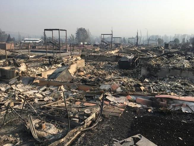 La manufacture de Micro-Trains incendiée en  Oregon! Mt311