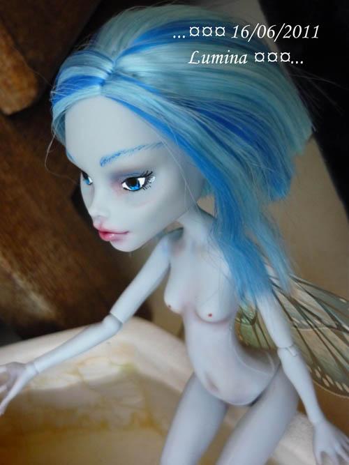 [monster High]Poupées de poupée p5  03/05 - Page 2 P1070825