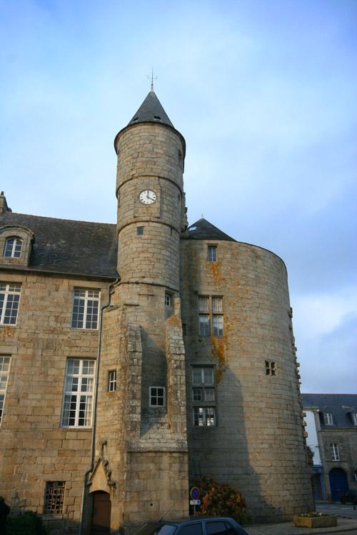 Le musée Bigoudin ou le château des Barons Pont_l10