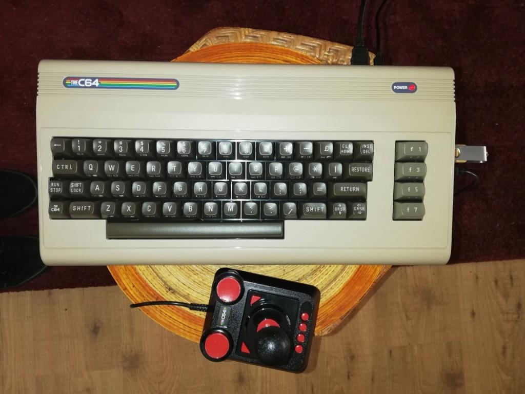 [vendu] the C64 Maxi, le nouvel/ordi console Commodore 64 maj PRIX C64_210