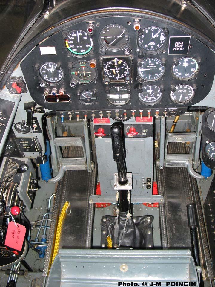 Grumman F6F-3 Hellcat - OTAKI 1/48ème Hellca14