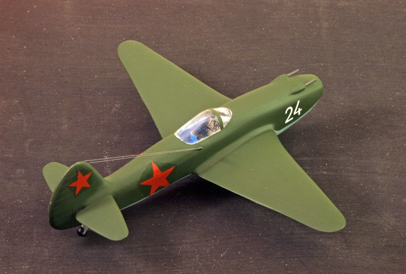"Yakovlev Yak-15  ""Feather"" [1:72 - Eastern Express]  Yakovl11"