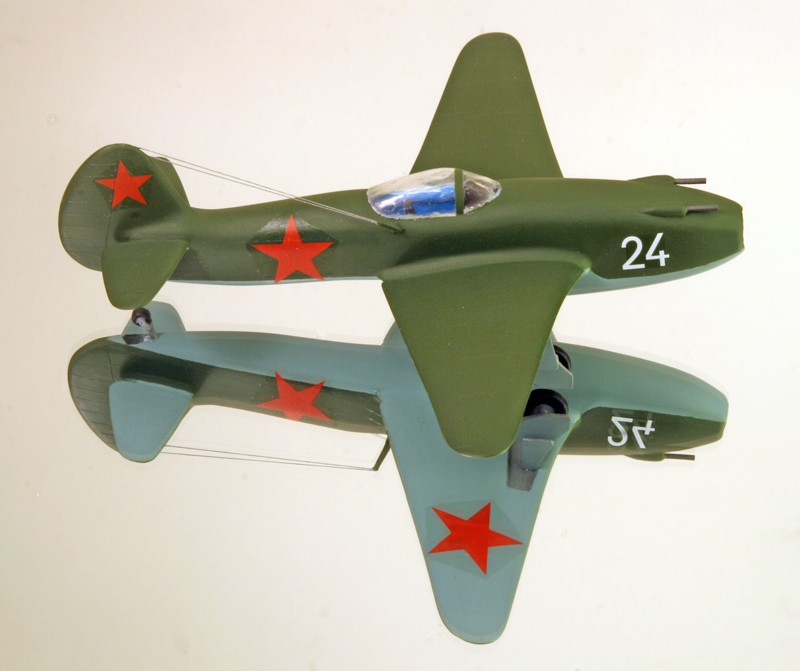 "Yakovlev Yak-15  ""Feather"" [1:72 - Eastern Express]  Yakovl12"