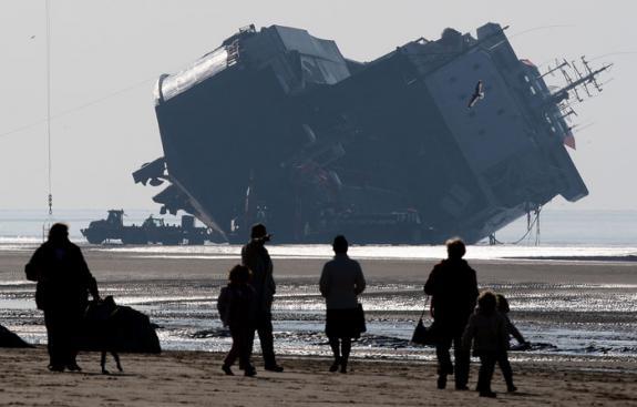 Accidents et tempêtes en mer : les news - Page 3 20080210