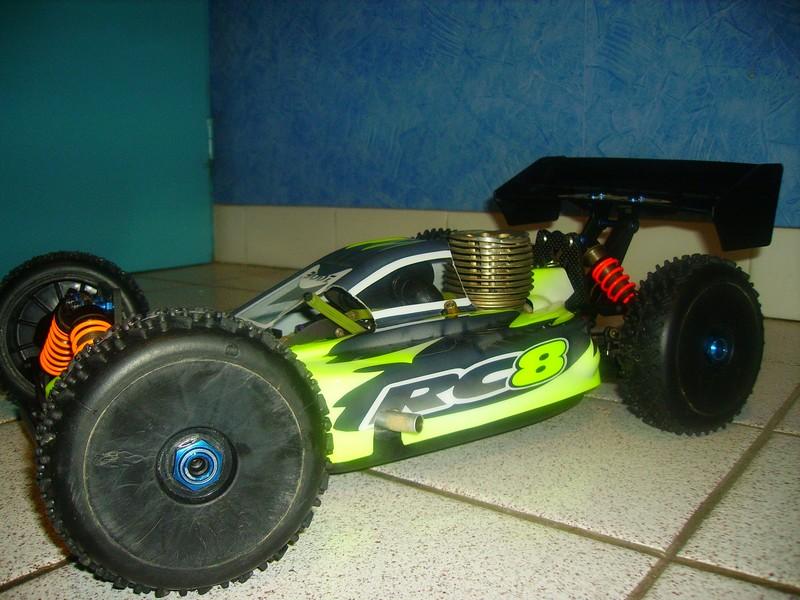 Ma new carrosserie pour mon RC8 Rc8_0011