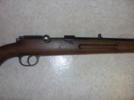 identification d une carabine Sdc11414