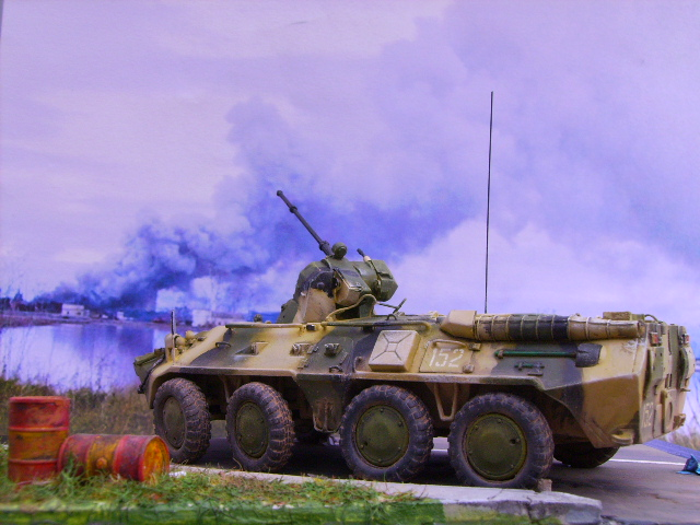 BTR 80 A 1/72° Btr3910